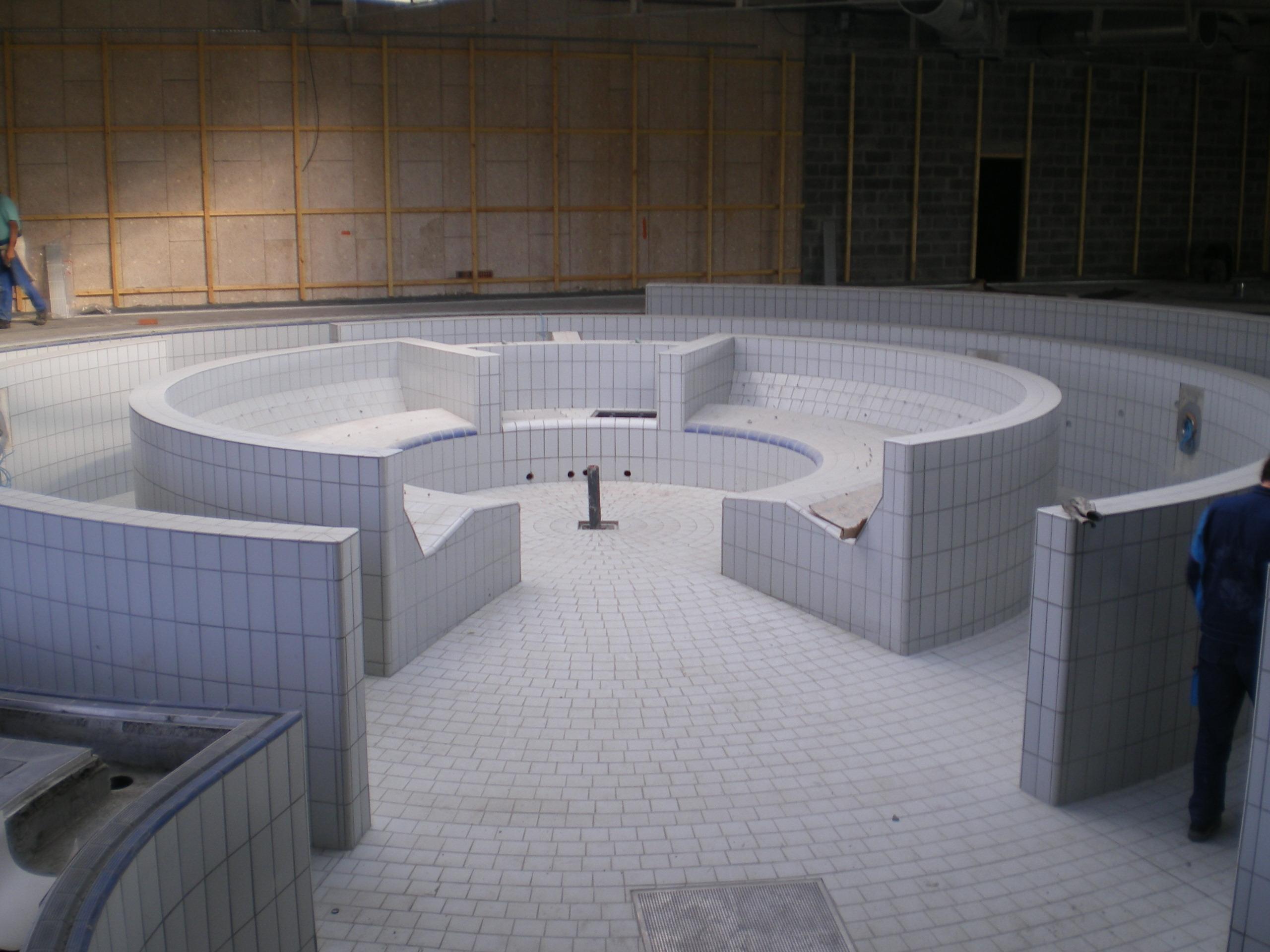 le chantier de la piscine de b thune. Black Bedroom Furniture Sets. Home Design Ideas